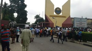 Protesters at Unilag's Gate